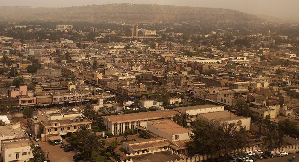 Une attaque contre un camp de l'armée fait 21 morts — Mali
