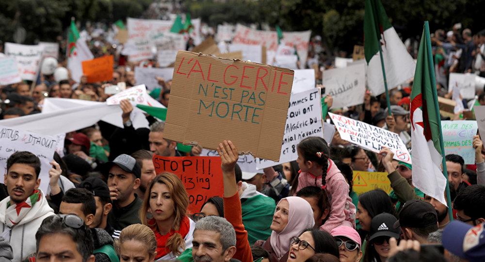 des manifestations en Algérie