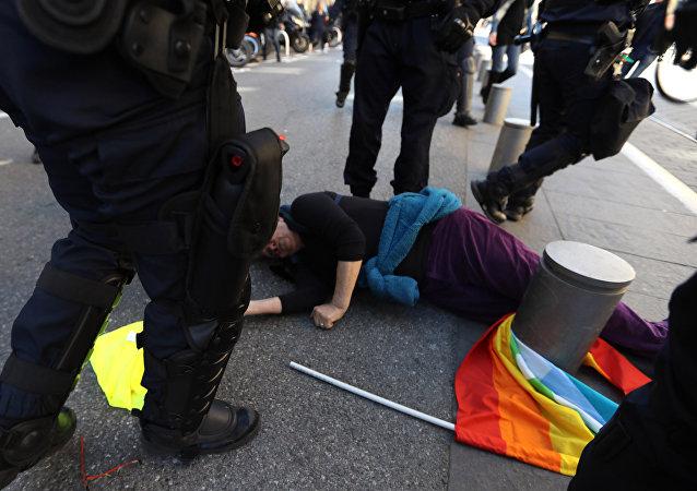 La blessure d'une septuagénaire lors de l'acte 19 des Gilets jaunes à Nice