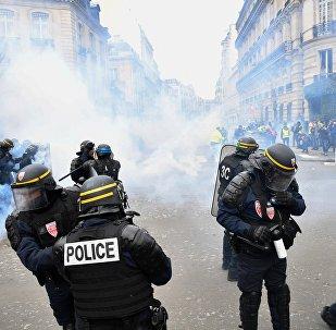 Gilets jaunes à Paris / image d'illustration
