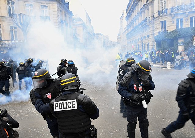 Gilets jaunes à Paris / image d'illustration