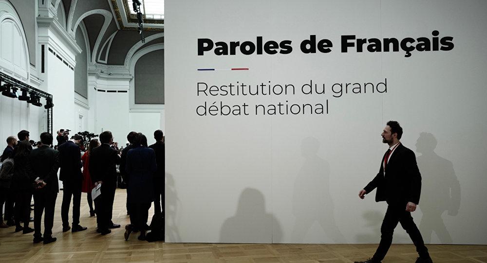 le gouvernement restitue la synthèse du Grand débat, Grand Palais