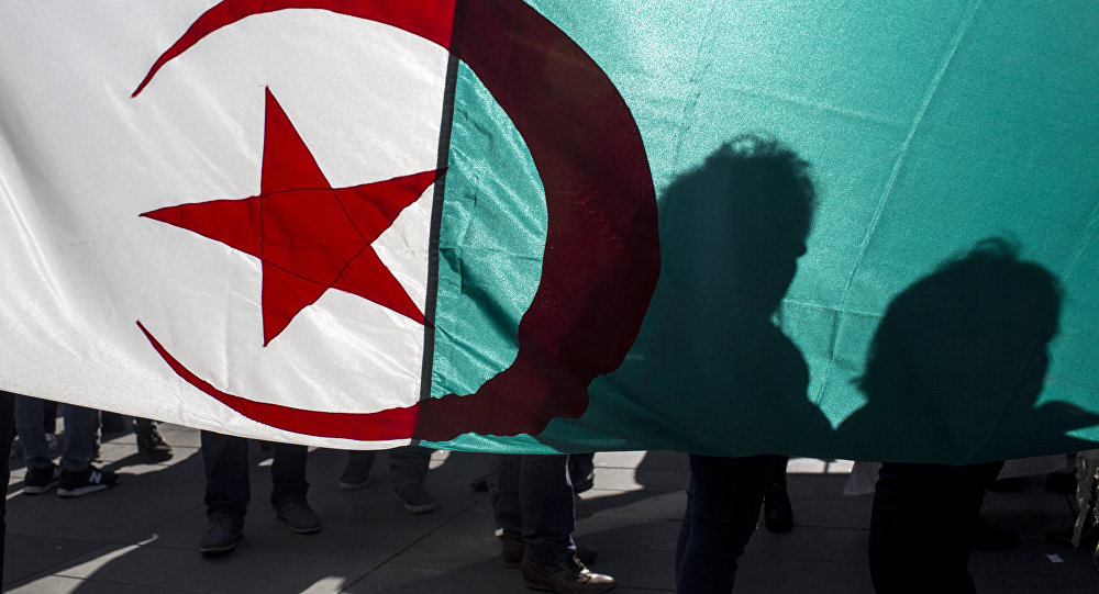 un drapeau algérien