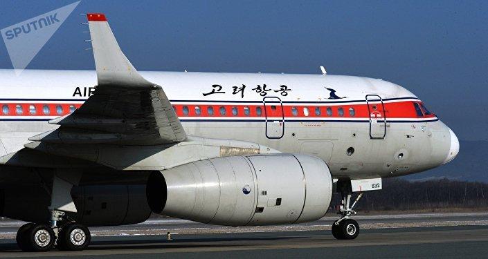 Un avion Tupolev Tu-204-300 de la compagnie nord-coréenne Air Koryo à Vladivostok