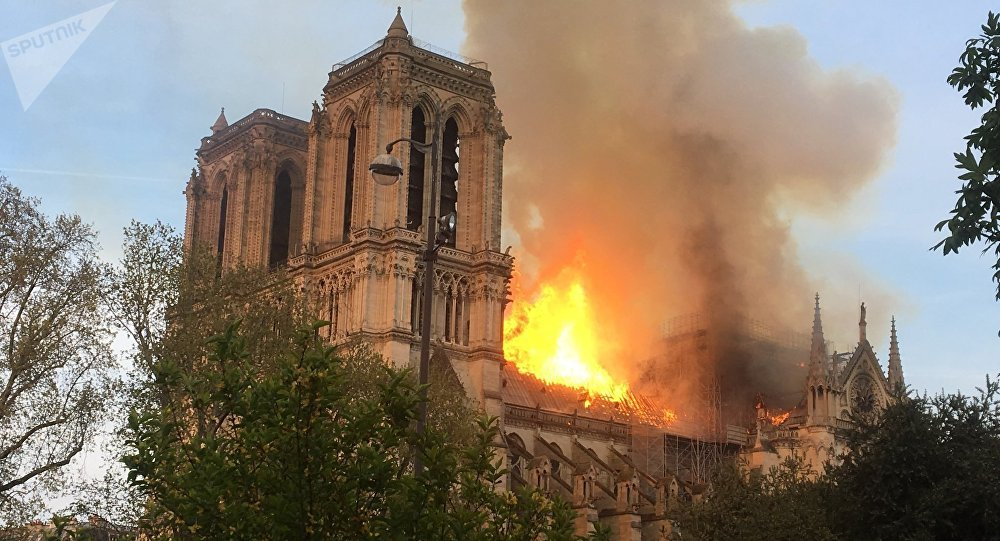 Notre-Dame de Paris ravagée par les flammes