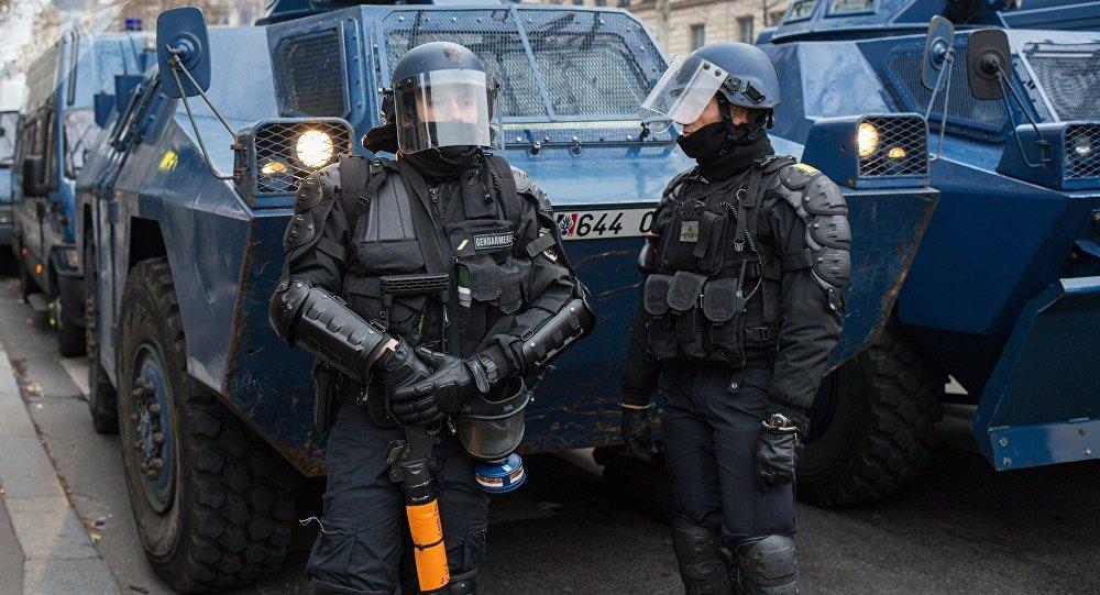 La police française lors d'une manifestation des Gilets jaunes à Paris (archive photo)