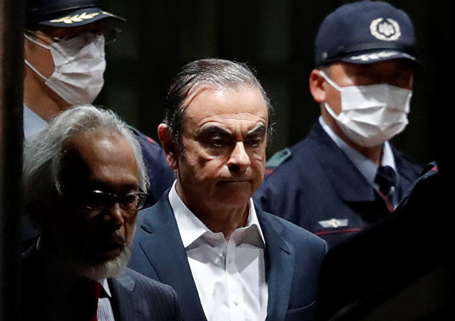 Carlos Ghosn quitte la prison