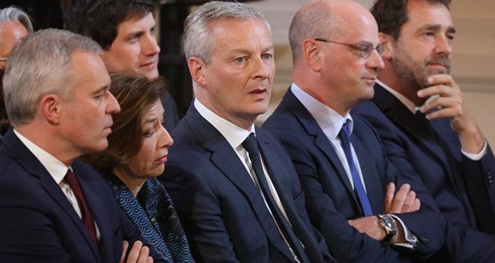 ministres lors de la conférence de presse d'Emmanuel Macron