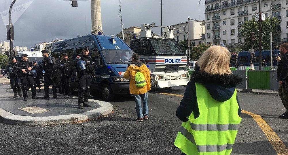 Gilets jaunes: manifestations interdites à Paris autour des commémorations du 8 mai