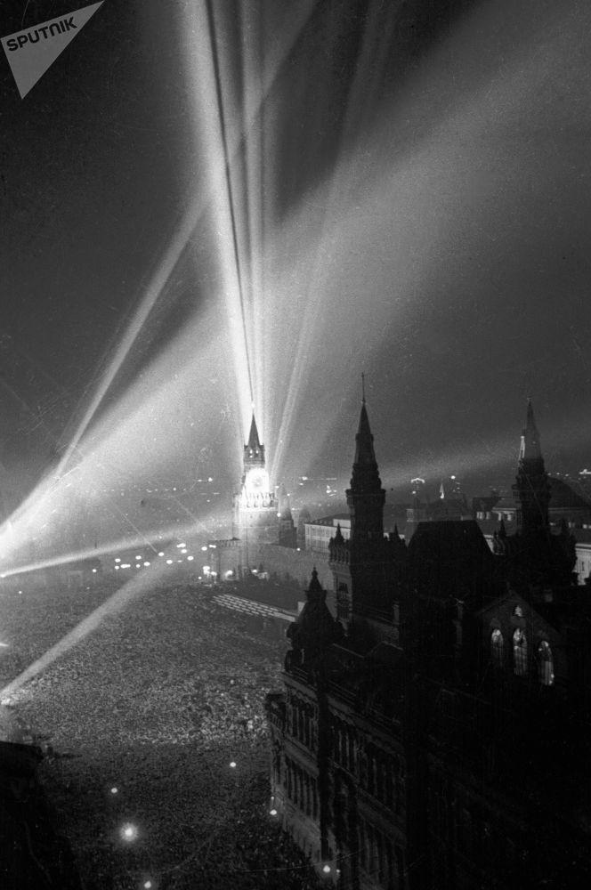 9 mai 1945: une fête les larmes aux yeux
