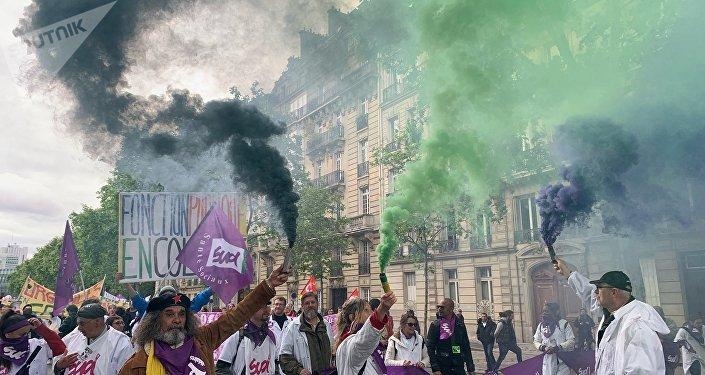 Manifestation syndicale à Paris, le 9 mai 2019