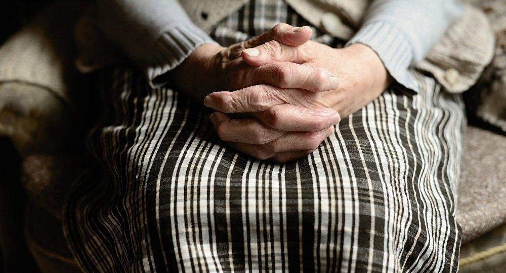 Une dame âgée (image d'illustration)
