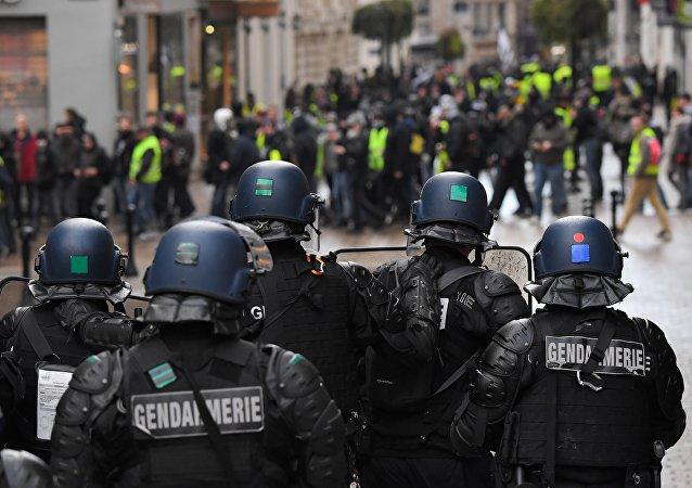 Gendarmes à Nantes, image d'illustration