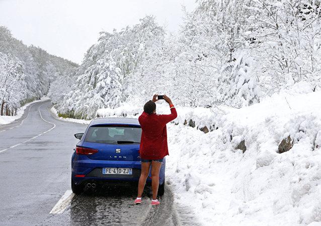 La Corse prisonnière des neiges