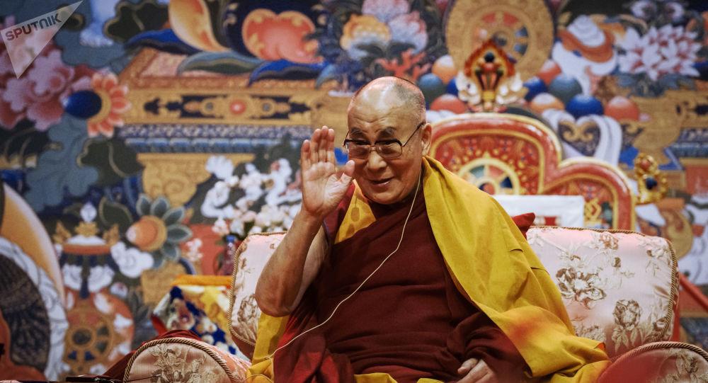 Tenzin Gyatso, 14e dalaï-lama