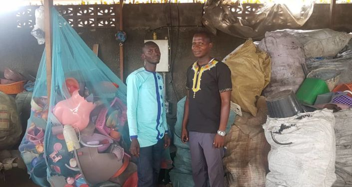 Stéphane Adouko, à gauche, et Camara Zanga, à droite.  @ Roland Klohi pour Sputnik