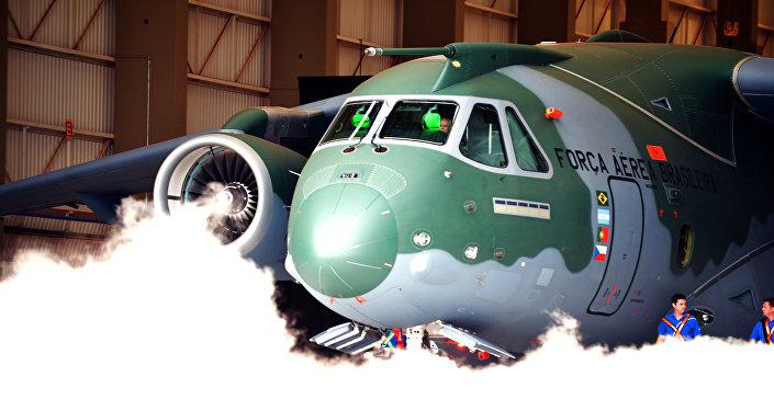 Avion de transport KC-390, fabriqué par l'entreprise brésilienne Embraer