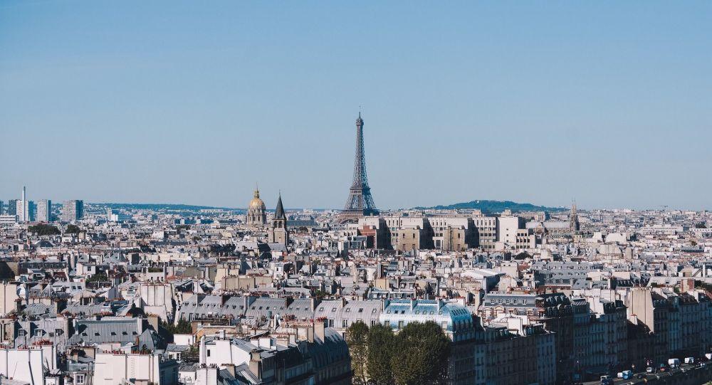 «Deuxième langue officielle»: polémique autour d'affiches de consignes d'hygiène en français et en arabe