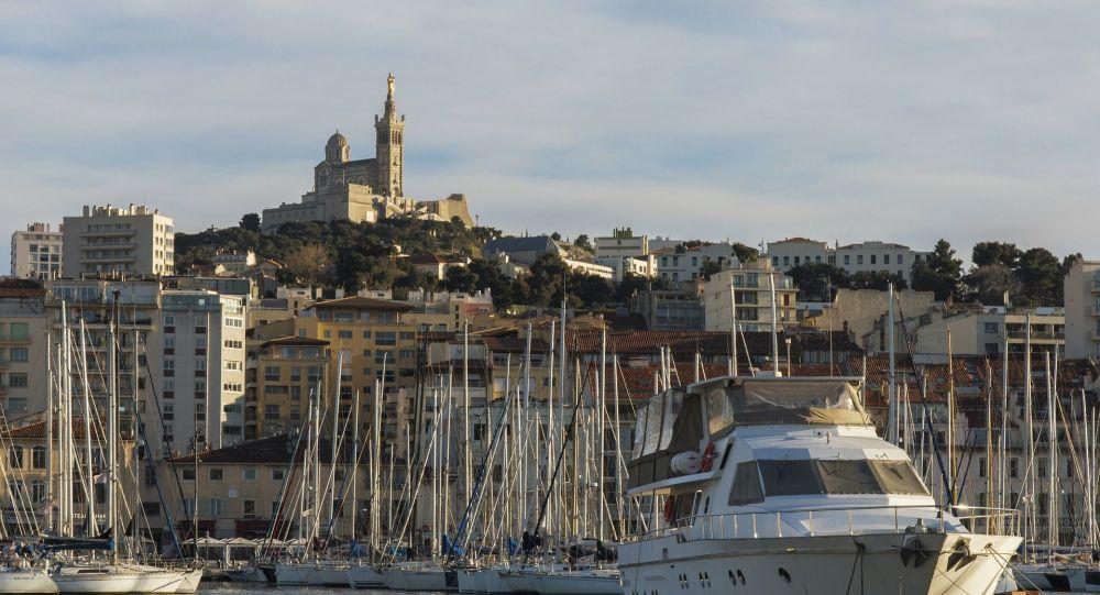 «Je vais te mettre la tête dans le c**»: le candidat LREM à Marseille menace un journaliste