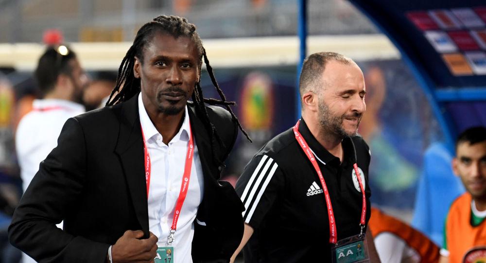 Les coachs Aliou et Djamel Belmadi ensemble à la CAN 2019 au Caire