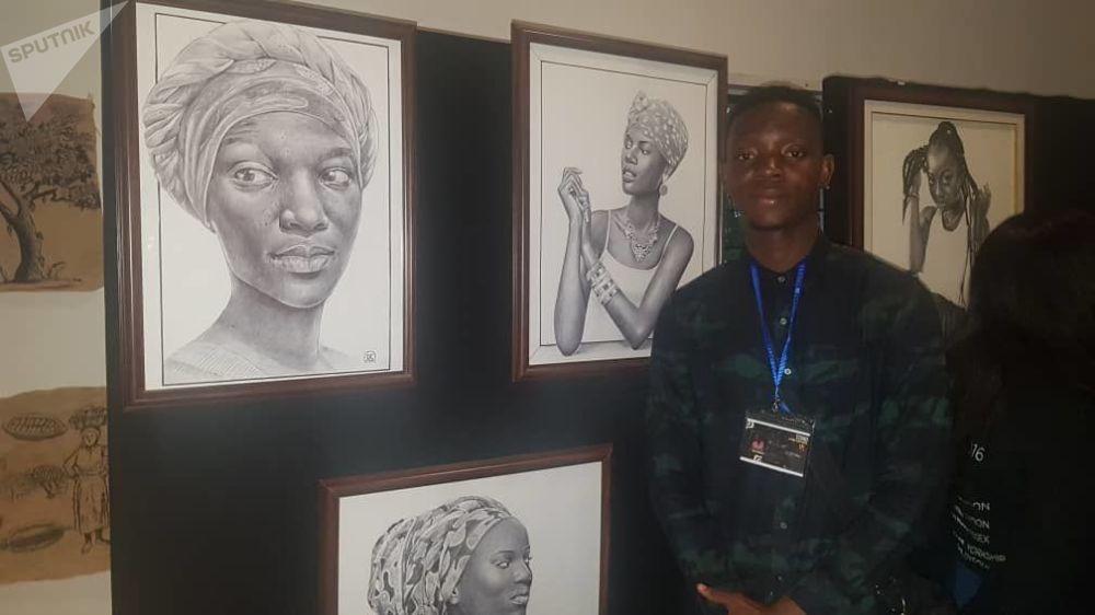 Aimé Cédric Aka Sokouri, 24 ans, graphiste au stylo, peintre sur toile, infographe, illustrateur