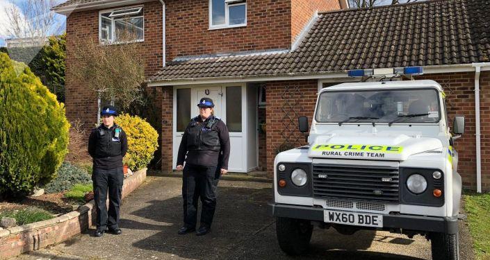 la police devant la maison de Sergueï Skripal, à Salisbury