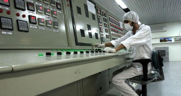 Un spécialiste du nucléaire iranien au site d'Ispahan (archive photo)
