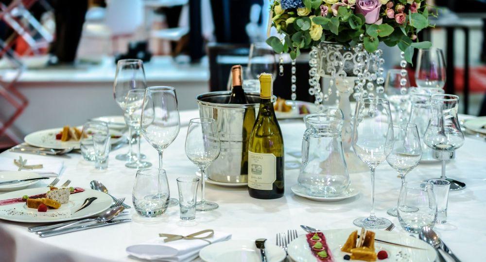 un banquet (image d'illustration)