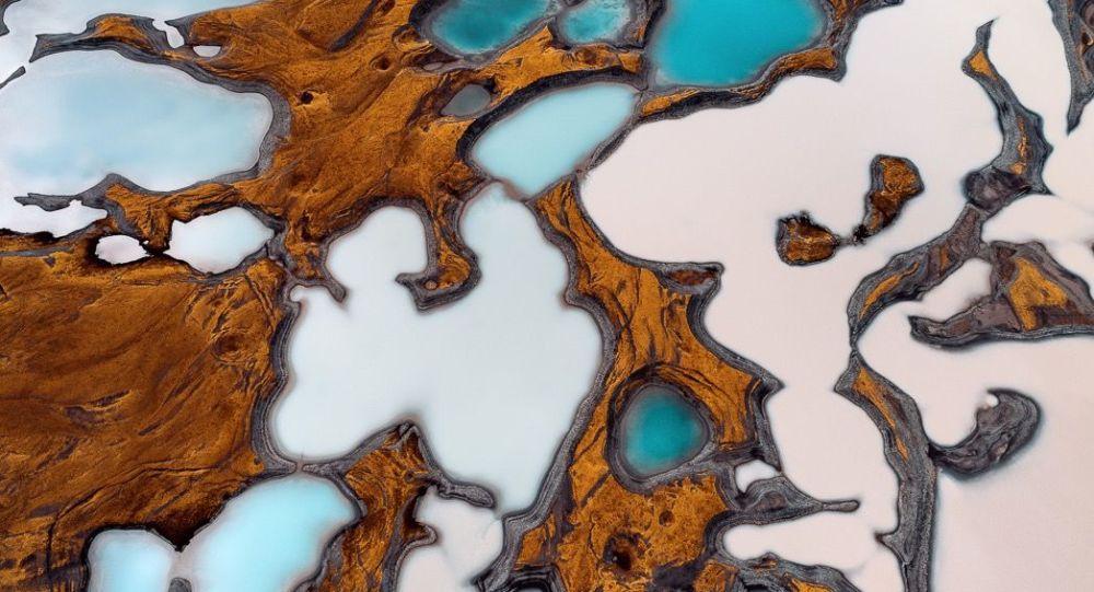 Le nouveau visage de la Terre: pollution des cours d'eau et fonte des glaciers