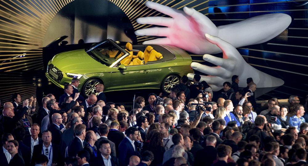 Le Salon international de l'automobile ouvre ses portes à Francfort
