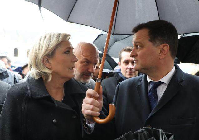 Marine Le Pen et Louis Aliot