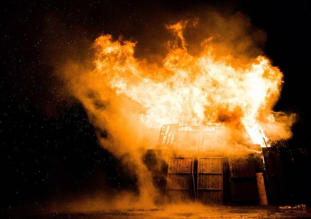Explosion cabane