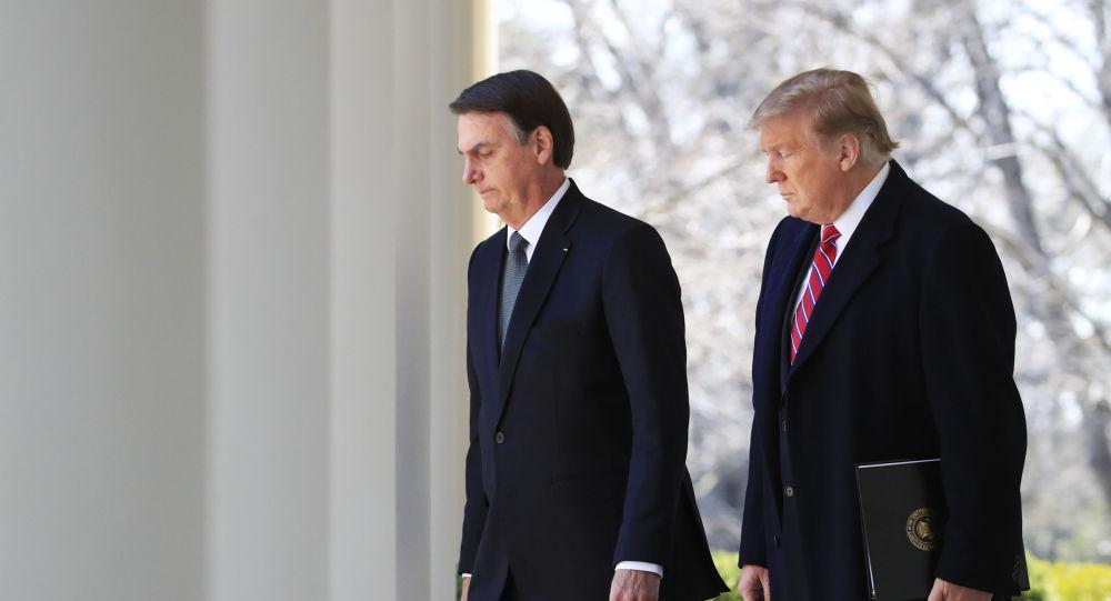 Les Présidents Jair Bolsonaro et Donald Trump