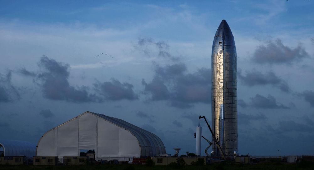 Le prototype de la fusée Starship de SpaceX présenté à Boca Chica au Texas