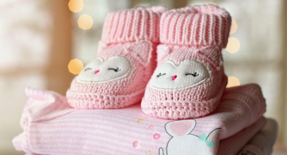 Une femme donne naissance en Iran à un bébé à partir d'un embryon congelé pendant 13 ans