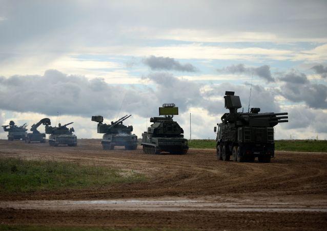 Véhicules militaires russes (image d'illustration)