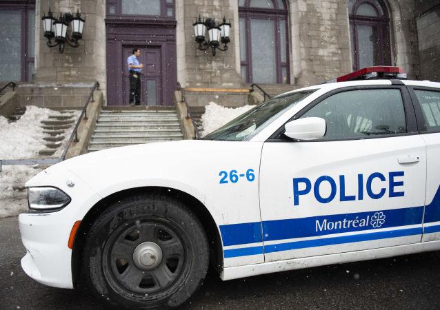 Une voiture de police à Montréal