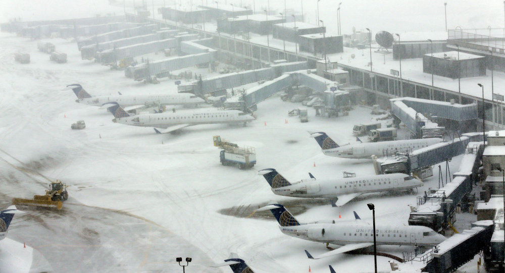 Neige à l'aéroport d'O'Hare à Chicago, image d'illustration