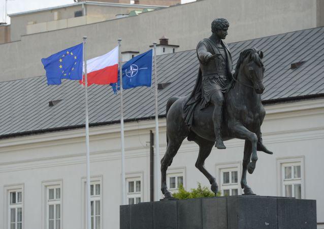 Un sommet de l'Otan à Varsovie