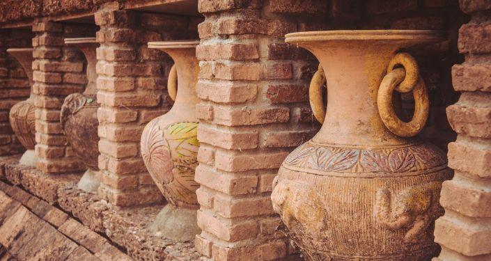 Des jarres en céramique