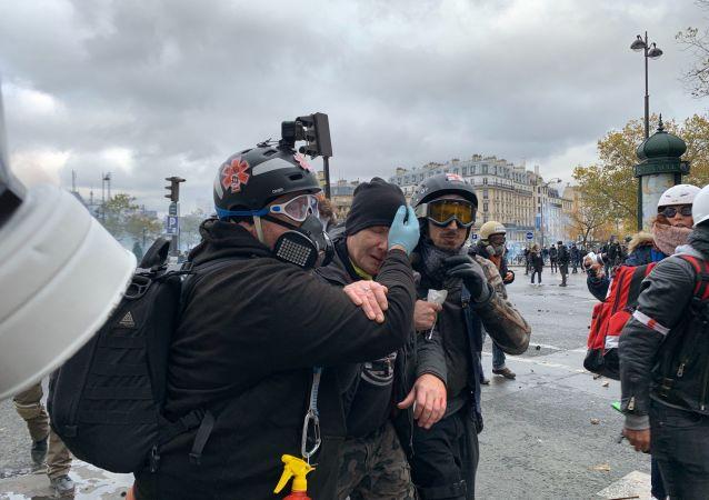 Un gilet jaune a été gravement blessé à l'œil par une grenade lors de l'acte 53 des Gilets jaunes, 16 novembre 2019