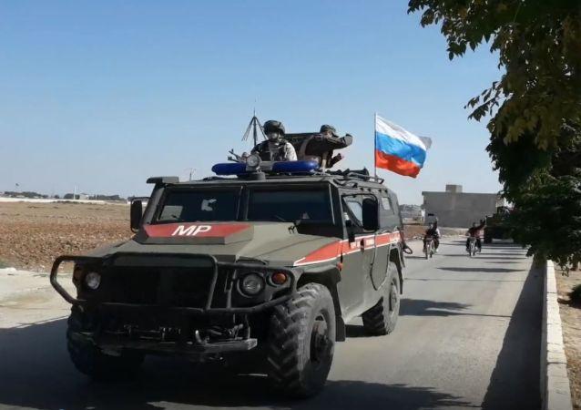 Forces de la police militaire russe à Kobané le 23 octobre 2019.