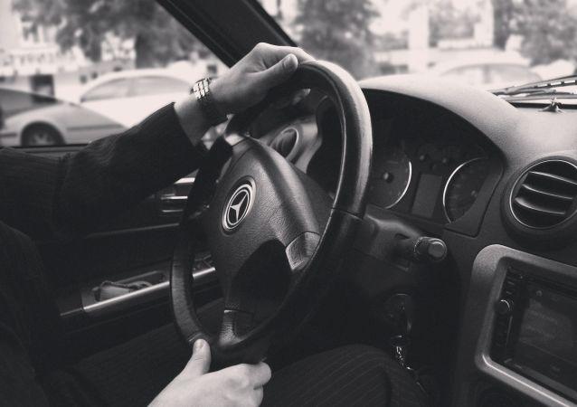 Un Mercedes (image d'illustration)