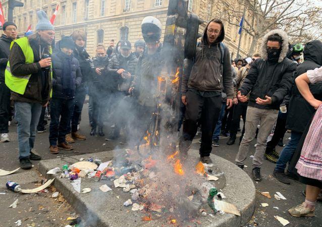 Manifestation contre la réforme des retraites à Paris, 5 décembre 2019, image d'illustration