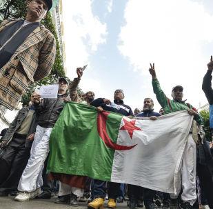 Manifestants en Algérie