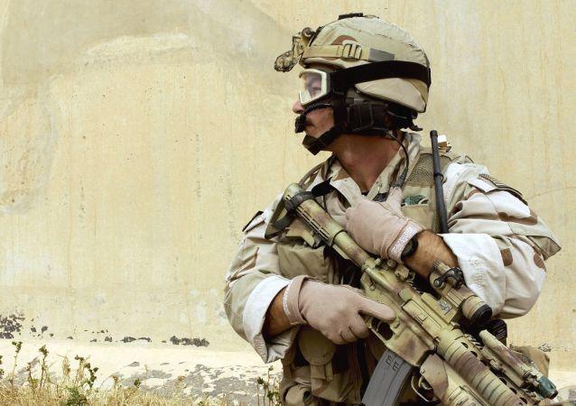 Un soldat américain à la base de Balad, en Irak