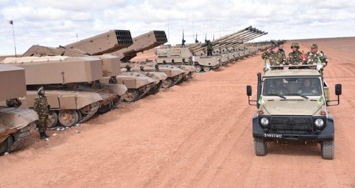 Manoeuvres avec munitions réelles «Borkane 2020» en 4e région militaire à Ouargla