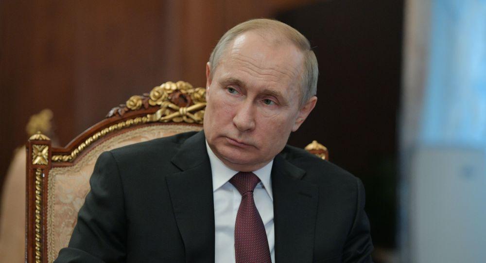 Vladimir Poutine commente la propagation de l'épidémie du coronavirus