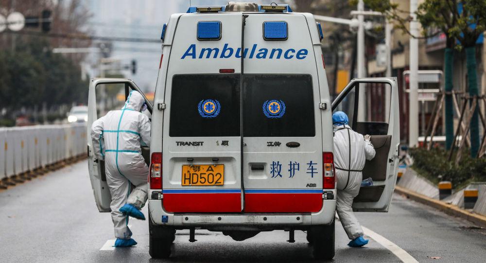 Ambulancia en Wuhan, China