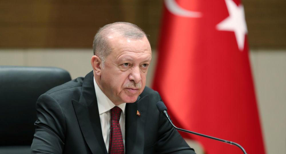 Erdogan menace de faire payer «le prix fort» à la Syrie en cas d'attaque